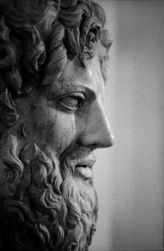 Zeus - Opera fotografica di Lorenzo Scaramella