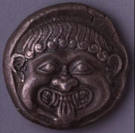 "Interno di una coppa attica detta ""Coupe aux bateaux"", attribuita al gruppo di Léagros, 520 a.C."